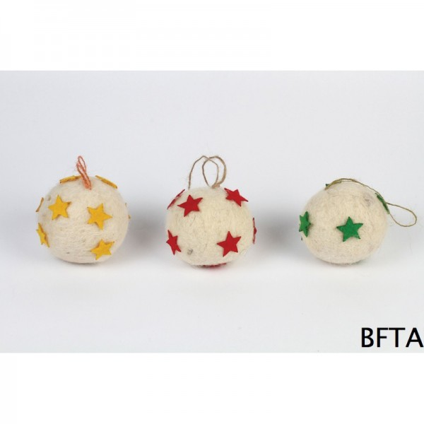 Hand Made Felt Wool Christmas White Balls – Set of 3