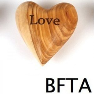 Engraved Olive Wood Heart LOVE – Small