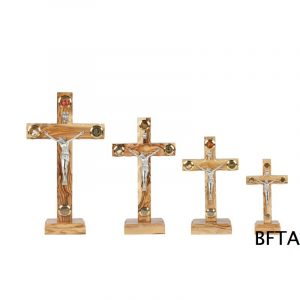 Olive Wood Latin Cross 4 Glasses with base Small