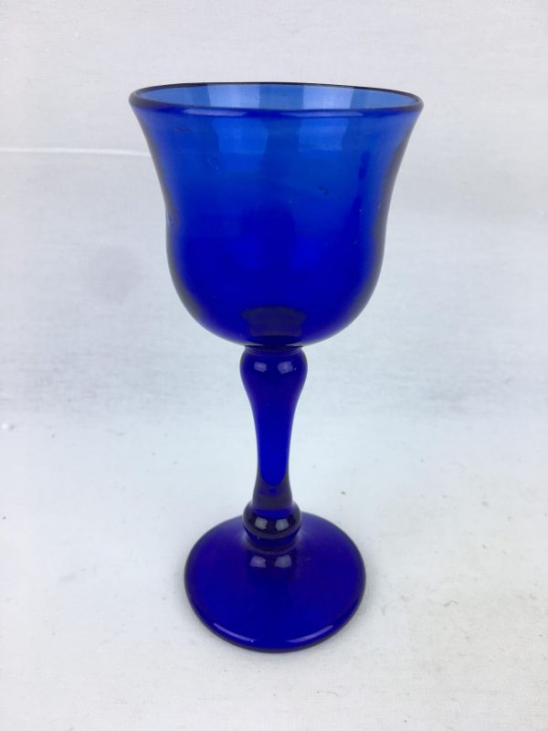 Blown Glass – Wine Glass – Dark Blue