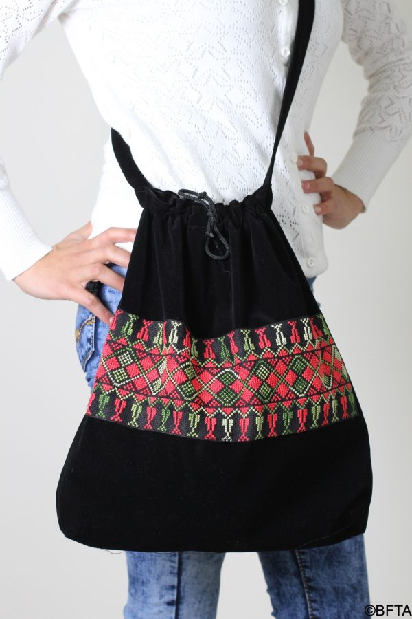 Embroidered Bag – Red and Green Thread